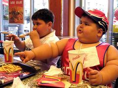 Fa male mangiare al Mac Donald. Documentario Super Size Me.